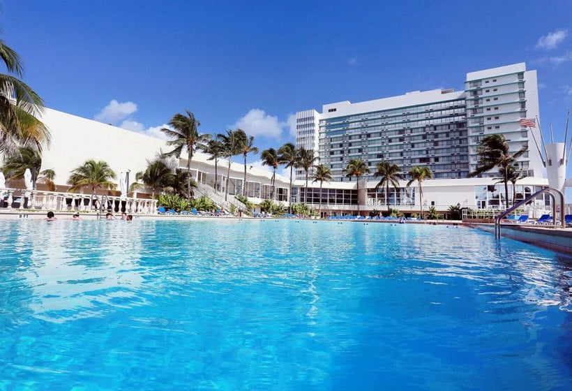 Hotel Deauville Beach Resort Miami Florida United States Prices 2018
