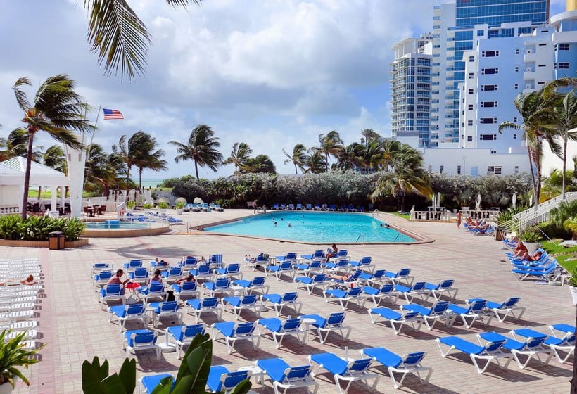 Hotel Deauville Beach Resort Miami Florida United States Ceny 2018